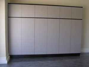Install Custom Garage Cabinets in Phoenix | 480-456-6667