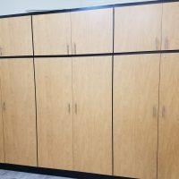 What You Need to Know Before You Install Custom Garage Cabinets & Home