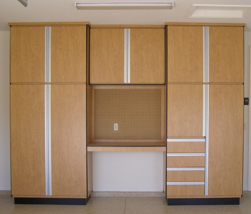 Choose From Our Classic Line Of Garage Cabinets Or Upgrade To Our Deluxe  Line.